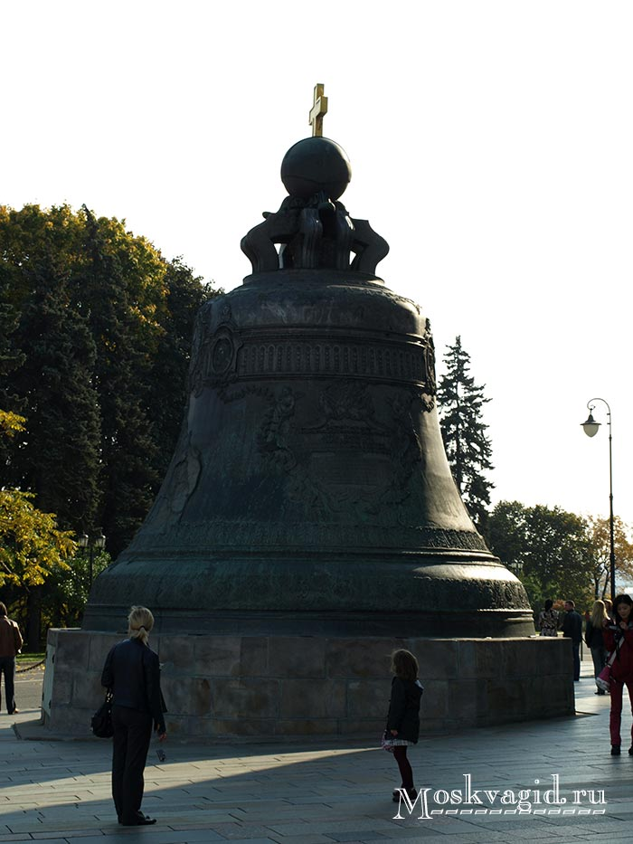 Царь колокол в Москве